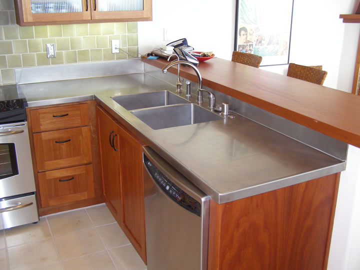 Crown steel mfg stainless steel copper steel zinc for Stainless steel countertop with built in sink